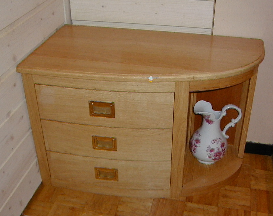 Fabrication table en bois elegant scierie eymard produits for Fabrication meuble bois