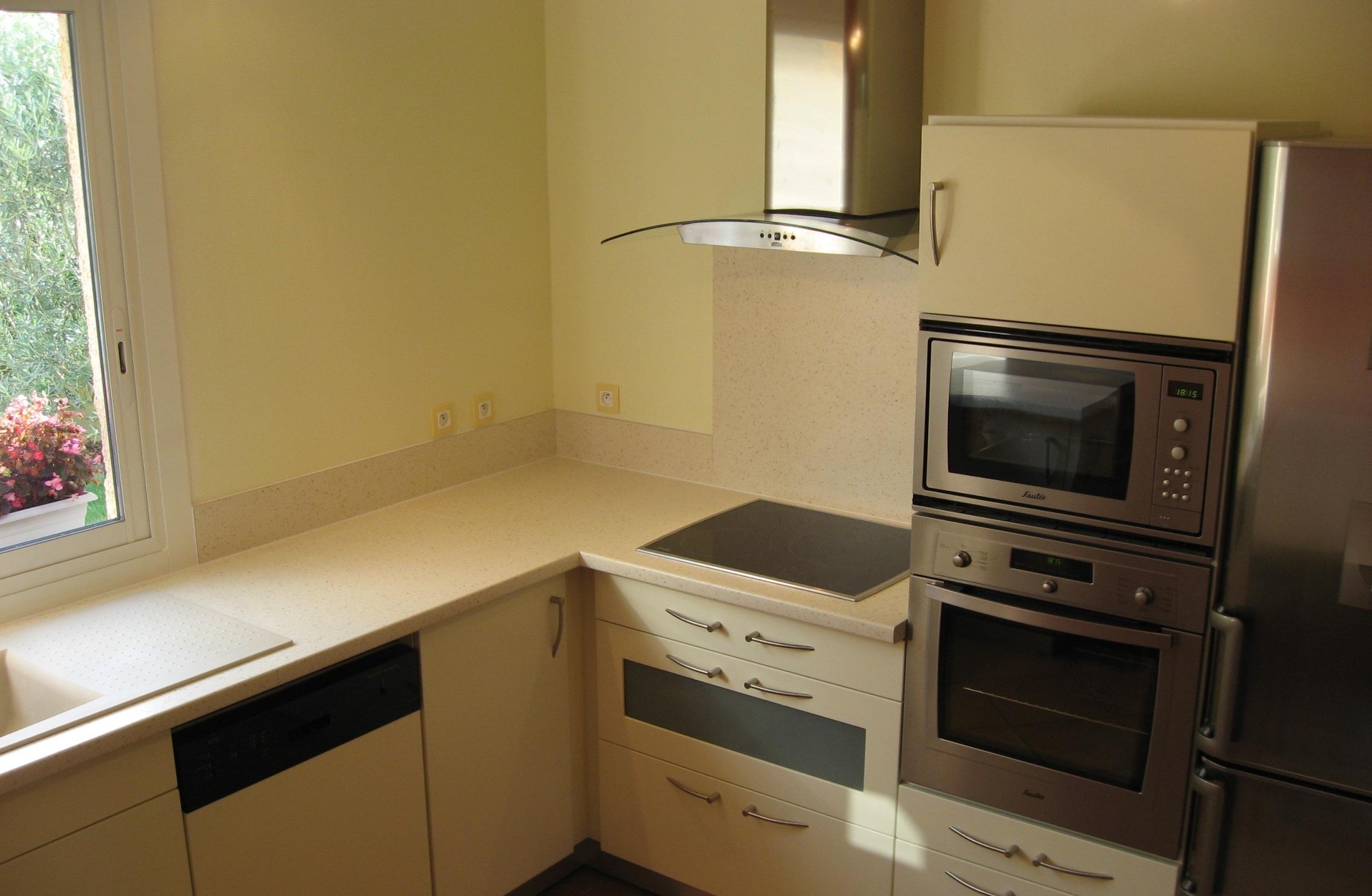 fabrication cuisine sur mesure toulouse st phane germain eb niste. Black Bedroom Furniture Sets. Home Design Ideas