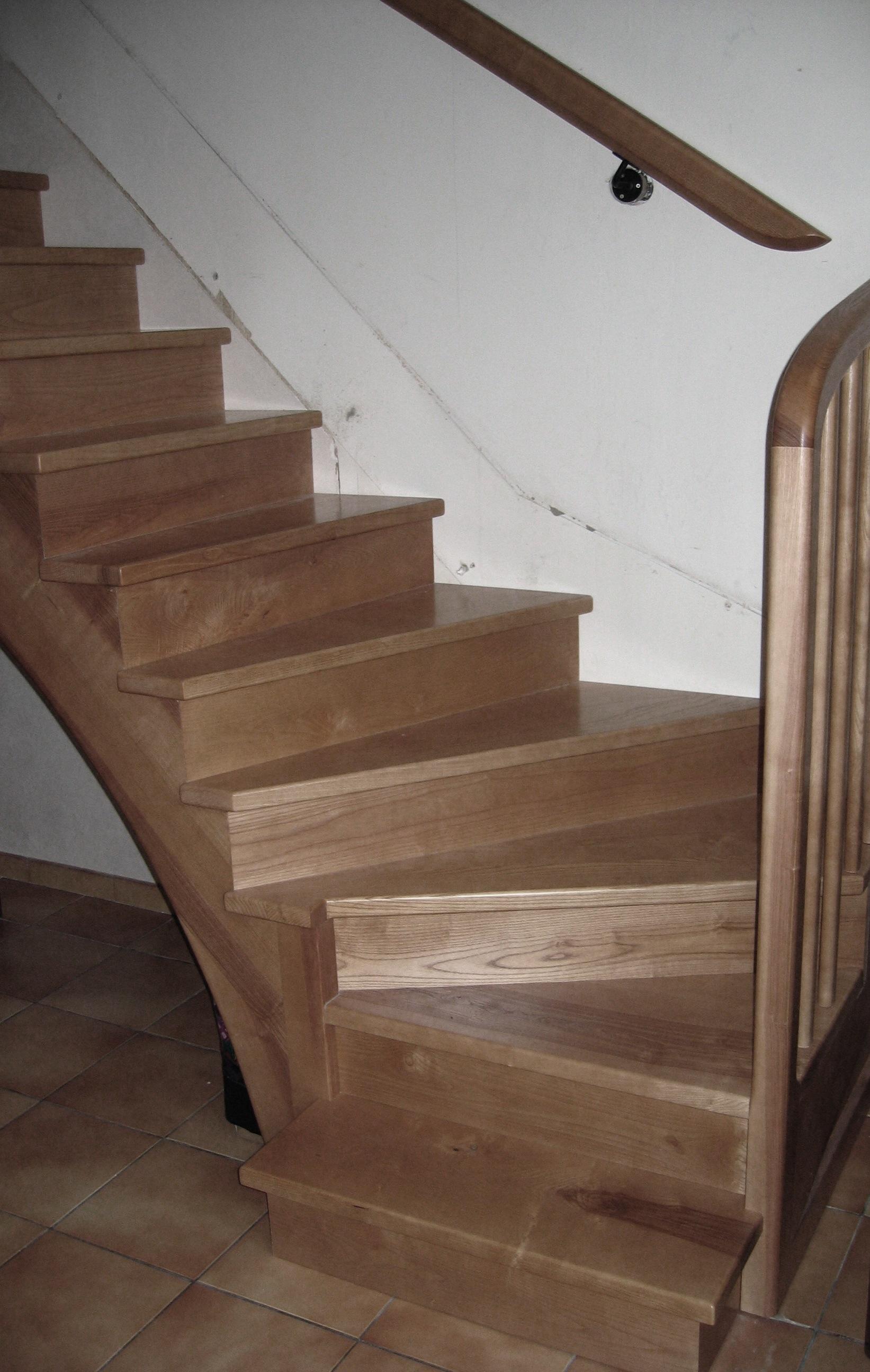 Fabrication escalier bois sur mesure à Toulouse  Stéphane  ~ Escalier Bois Sur Mesure