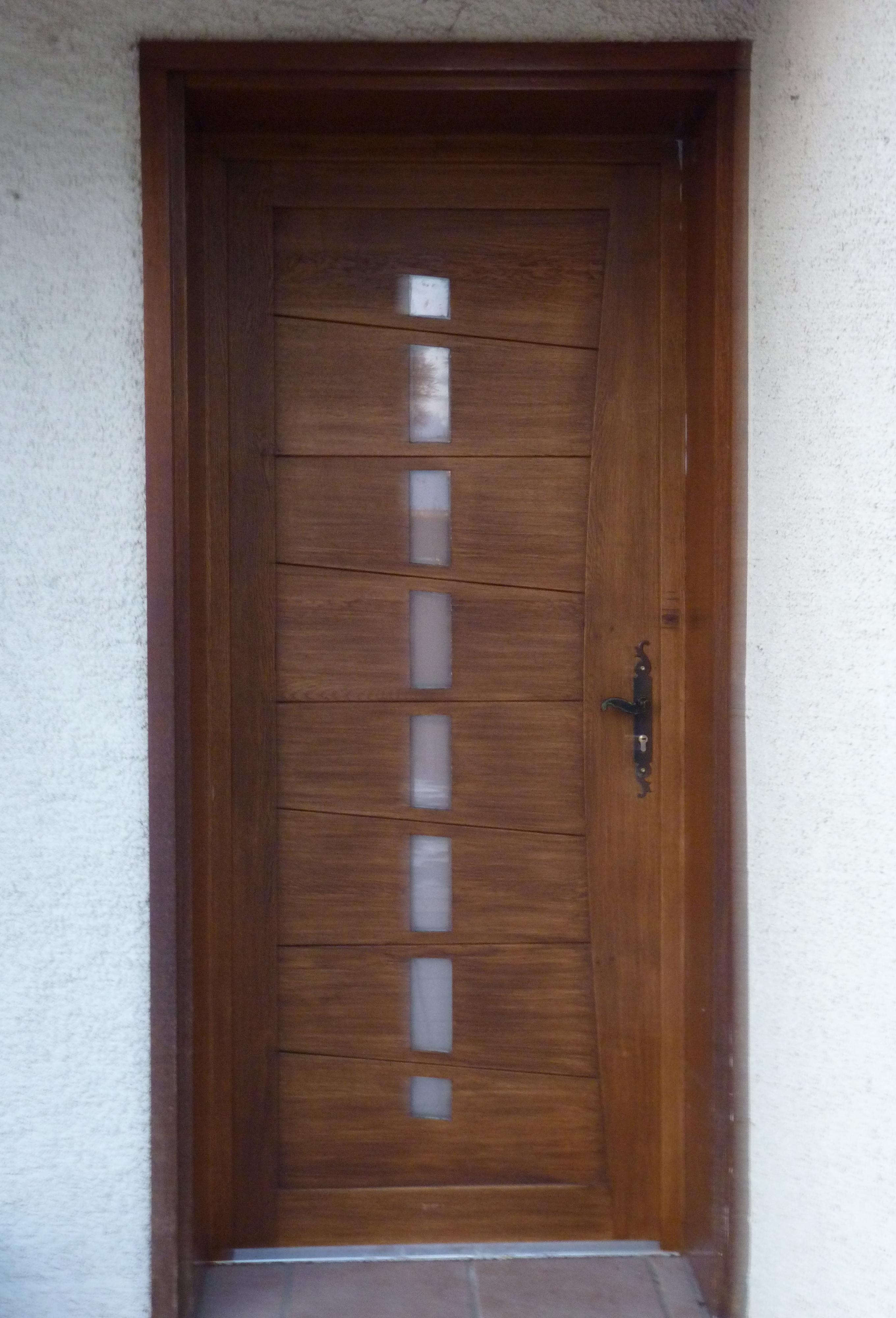 Menuiserie ext rieure portes de garages sectionnelles for Menuiserie exterieur