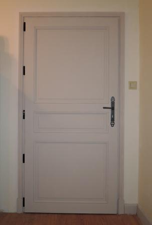 Porte intrieure peinte pjpg with porte intrieure peinte for Quelle peinture pour porte