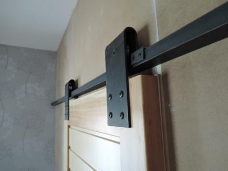 Fabrication porte coulissante bois chassis bois vitr sur for Joint phonique porte interieure