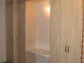 Aménagement placard bureau en érable lamellé-collé brut