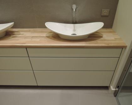 Fabrication meuble salle de bain bois toulouse for Fabricant de meuble sur mesure