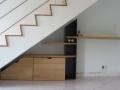 Bureau sous escalier en chêne et placage chêne teinté wengé